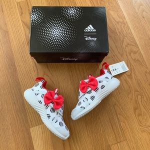 NIB Disney Minnie Adidas Running Sneakers 10K